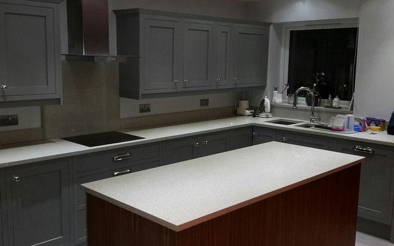 cabinet door colour change to match kitchen colour scheme